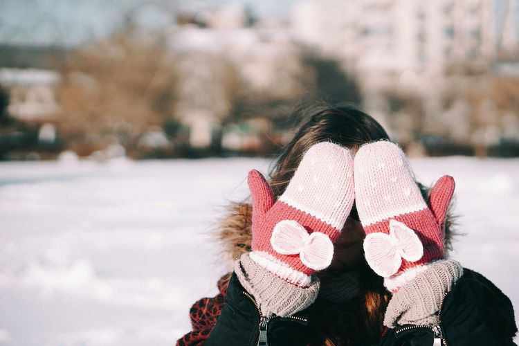 See you on Monday! 🙋 Winter Warm Clothing Cold Temperature Snow One Person Close-up Winter Taking Photos The City Light People Lieblingsteil OpenEdit Women Around The World Millennial Pink