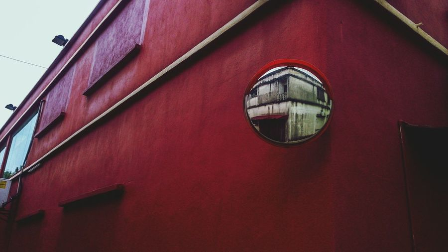 Red Architecture Modern The Week On Eyem Silhouette Contrast And Lights Framing Colorful The Street Photographer - 2017 EyeEm Awards Out Of The Box