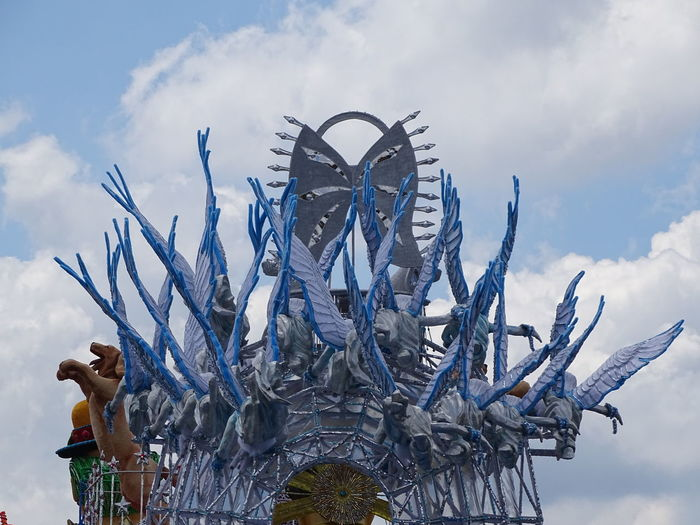 ezefer Architecture Art Arts Culture And Entertainment ArtWork Building Exterior Carnaval Carnaval2017sp Carnival Cloud - Sky Day Industry Outdoors Protective Workwear Sculpture Sky Statue Sword