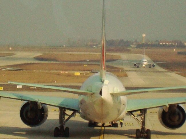 Airport Airplane POV Crossing Wing Stop Charles De Gaulle Perfectshape Big Machines Flying Home Arround The World