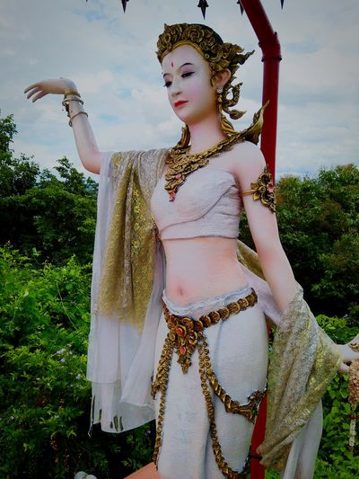 Statue Women Statue Thai Dance Fashion Adult Only Women Beauty One Person Arts Culture And Entertainment One Woman Only Beautiful Woman Day People