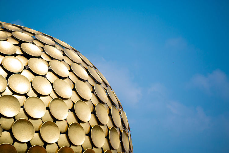 The Gold plates in the auroville Globe ... Blue Abundance Day Repetition Large Group Of Objects Modern Order Arrangement No People Cloud - Sky Circle Gold Architechture Architechtural Details Sky Heap Conformity Tadaa Community Tamilnadu Built Structure Building Exterior Building Travel Drastic Edit Pondicherry The Architect - 2017 EyeEm Awards
