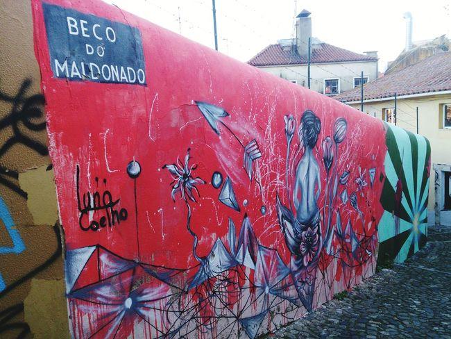 Lisboa Beco Do Mai Donado Street Art Graffiti Mural