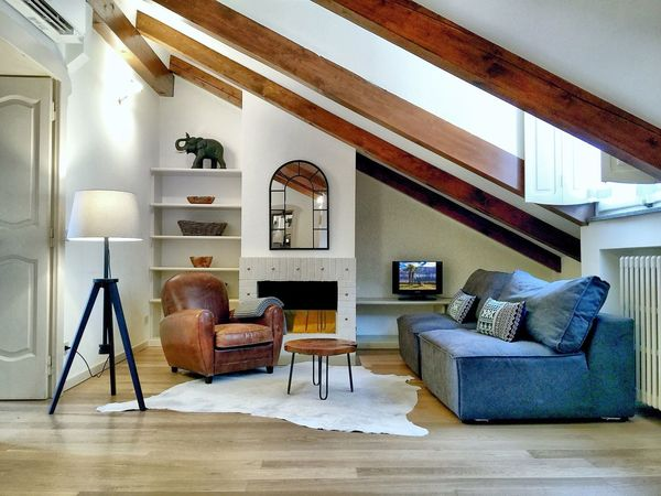 Interior Style First Eyeem Photo Milano Milan Italy Apartment Loft Living Urban Design Vacation Rental Travel Interior Photography Home House Furnitures Safari Style Leather Armchair Wooden Table Brera Tripod Lamp Wood Texture Cozy Holiday