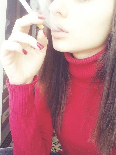 Biglips Cigarrette Red Bored >.< Alone