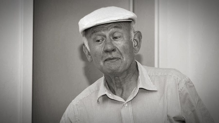 - HUI - Shades Of Grey People People Watching Taking Photos Blackandwhite Peoplephotography Grandpa Old But Awesome