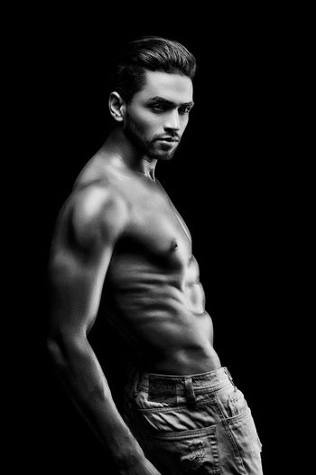 Muscular Build Lifestyles Handsome Black Background Indoors  Blackandwhite Its Me Sixpack