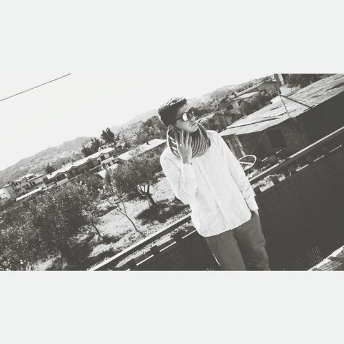 Bisogna puntare al futuro,solo così nessuno rimarrà mai indietro! Followme That's Me Lorenzo Shooting Me Sunnyday
