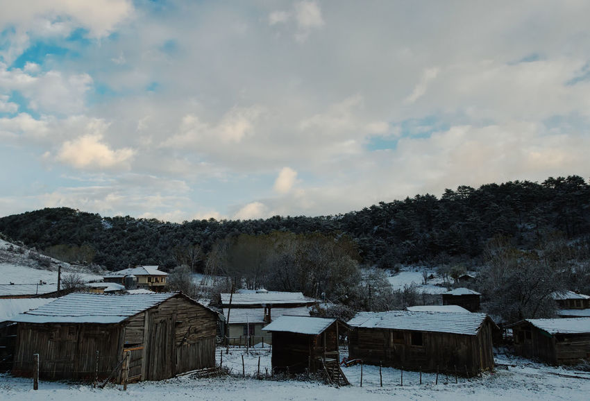 Winter Wonderland Beauty In Nature Cold Temperature Icy Landscape Mountain Nature Outdoors Scenics Sky Sky And Clouds Snow Snow Covered Snow Roof Sünnetköy Tranquil Scene Tranquility Trees Turkey Türkiye Village Winterwonderland