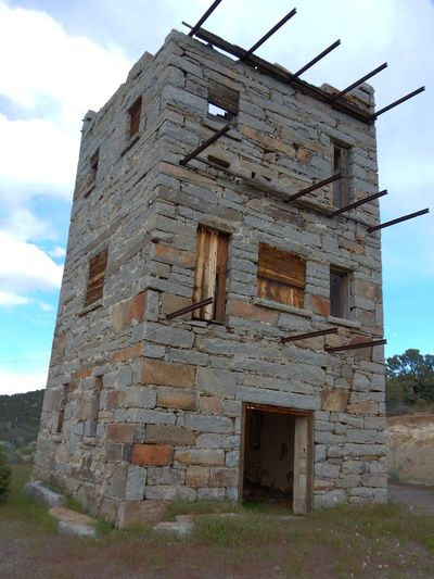 Stokes Castle Architecture Austin Nevada Building Exterior Deterioration History Mining History Of America Old Outdoors Pony Express Stokes Castle The Past