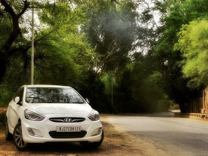 Girls with curves? Cars with angles.! Udaipur RaniRoad OnlyThingThatMakesMeEmotional 8121 Verna