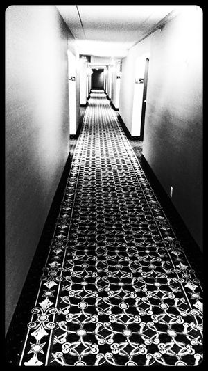 Vanishing Point Black And White Black & White Urban Geometry Urban Escape Urban Exploration Getting Inspired The Places I've Been Today