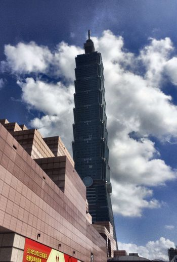 Being A Tourist Architecture Taipei 101 Clouds And Sky