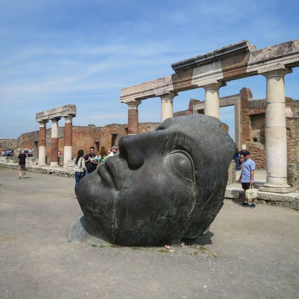 Pompei Ruins, Artwork by Igor Mitoraj (NA, Italy) Pompéi Pompeii Ruins Ruins Archaeology ArtWork Igor Mitoraj Bronze Sculpture Sculpture Statue Architecture Travel Destinations Campania Ancient Ruins Cultural Tourism Tourism Pompeiscavi Art Ancient City Tourist Attraction  Column Archaelogical Excavations Historical Monuments Archaeological Sites Architecture Ancient Architecture