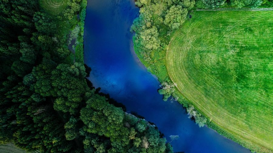 High Angle View Green Color Aerial View Agriculture Blue Nature Landscape Outdoors Day Water No People Rural Scene Tree Dronephotography Drone  Dronepic Photo Photography Photooftheday Dji Riverside River Riverview Outdoors Nopeople