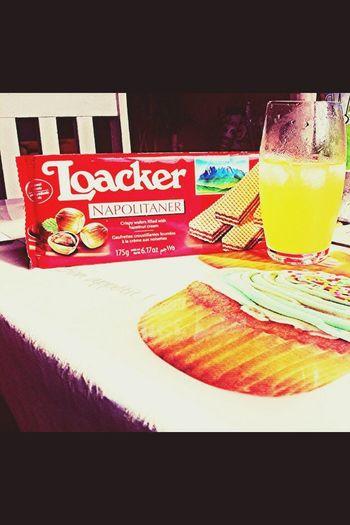 Snack Time! Lipton Ice Tea Chocolate Foodphotography 🍫🍹❤️
