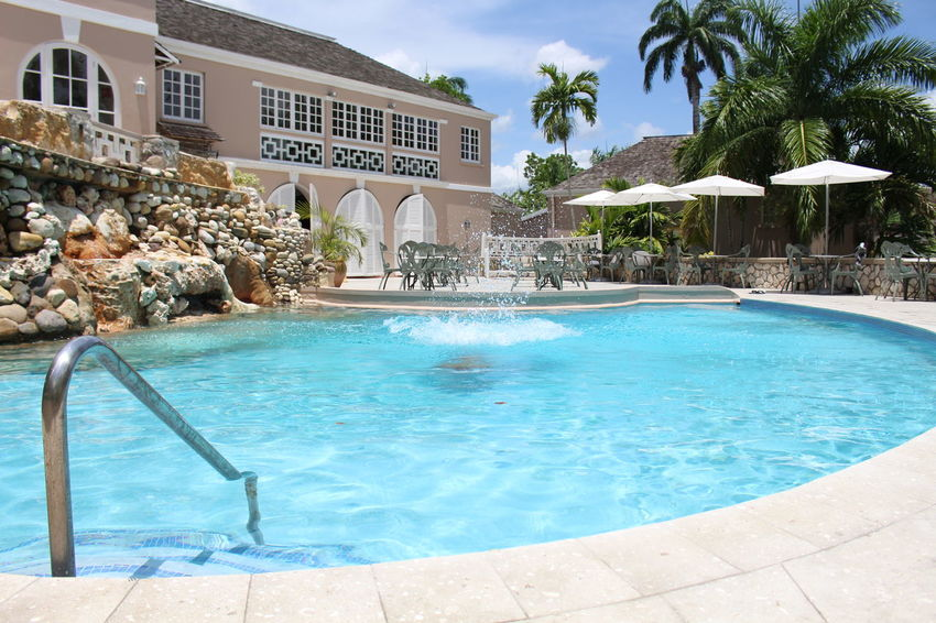 Architecture Building Exterior City Day Fountain Hotel Luxury Luxury Hotel No People Outdoors Palm Tree Swimming Pool Travel Vacations Water