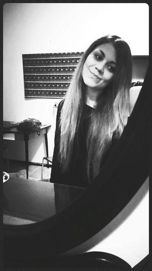 Girl Me Smile Long Hair Pretty Smile
