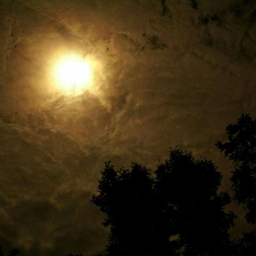 Fall Beauty cool nights hot skies Bloodmoon Clouds Check This Out Photography