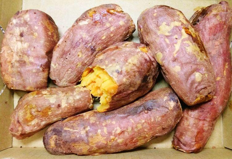 香噴噴~熱騰騰~連皮一起吃~ Baked Sweet Potato Roasted Sweet Potato 焼き芋 やきいも いしやきいも 石焼き芋 군고구마 烤蕃薯 烤地瓜