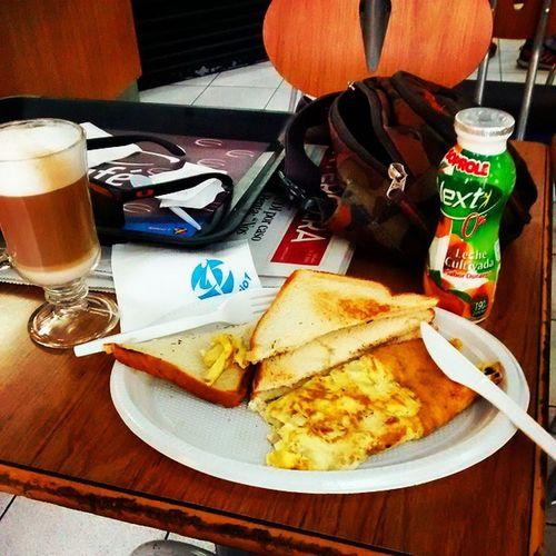 Delicious breakfast with my girl 💏 Instachile Instaphoto Santiagodechile Instafood topchef breakfast cake omelette coffee desayuno