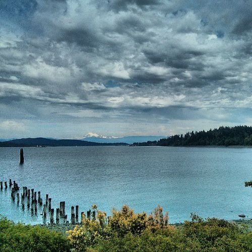 Getting ready to get in the Ferry with the kids. Landscape Dramatic Ocean Pugetsound Washington Beauty Photooftheday Water Boat Instagood