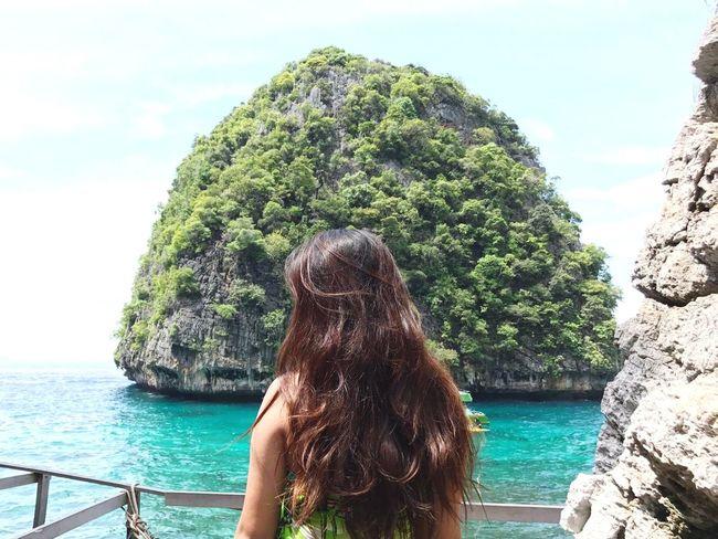 Backview Curlhair Beautifulscenery Natureoftheworld Mayabay EyeEm Best Shots Eyem Nature Lovers  EyeEmNewHere