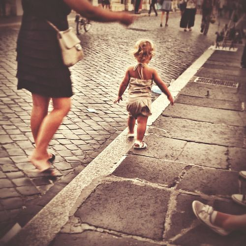 Let me go...! Rome Street Life City Roma