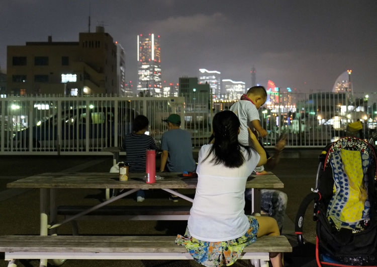 One summer night Casual Clothing City Life Cityscape Lifestyles Night Outdoors Park To Enjoy Evening Cool Yamashita Park