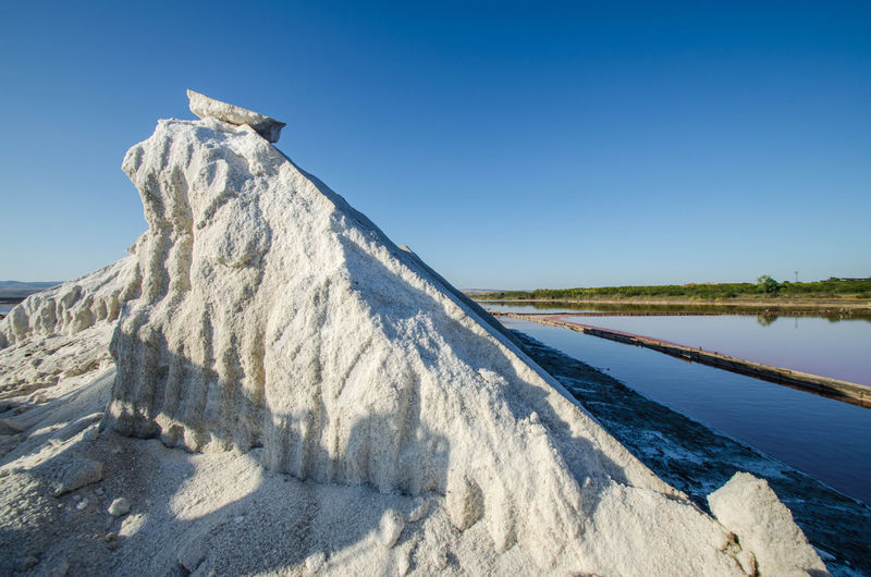 Natural formation of sea salt from lye