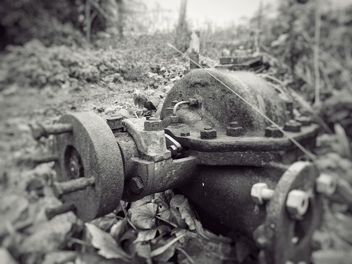 Rusty Old Engine Engine Countryside