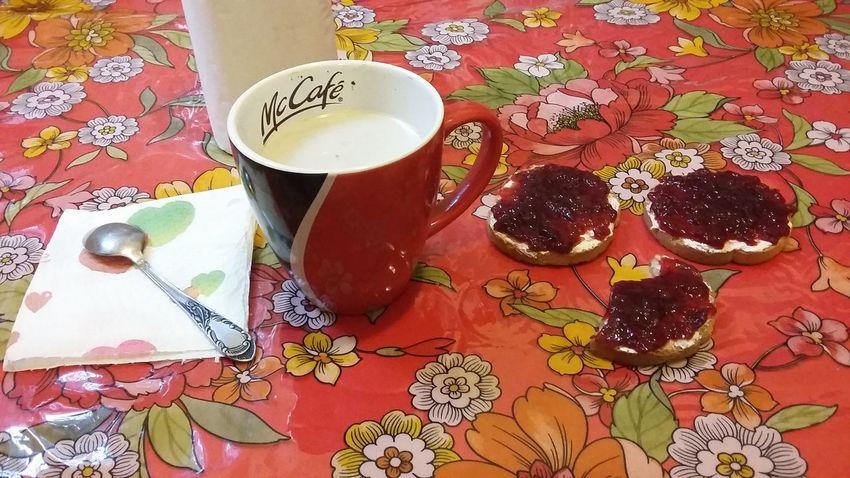 Food And Drink Table Day Semplicity Colazione Time  Think Positive ed oggi va di grassi e coccole 🙈💪