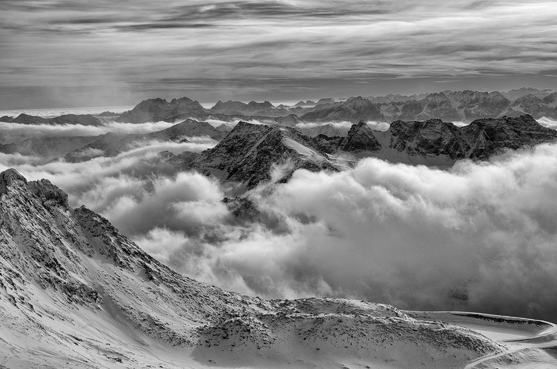 Molltaler Gletscher Beauty In Nature Cloud - Sky Fog Landscape Lift Misty Mountain Nature Outdoors Power In Nature Rocks Scenics Skiing Sky Snow Winter