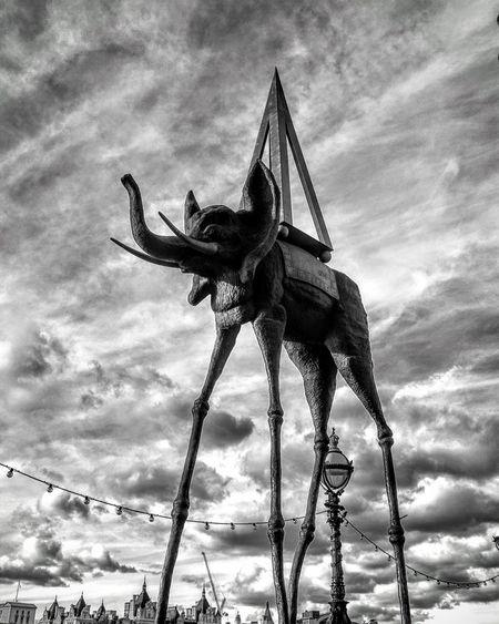 Elephant Elephant London Statue Blackandwhite Blackandwhite Photography Black & White Sky Clouds Monochrome Photography MonochromePhotography London Lifestyle