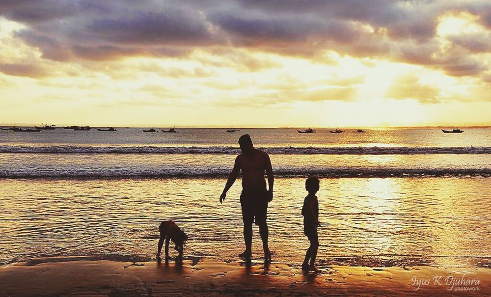 it's time to go back to the hotel kids. . Photooftheday Beach Silhoutte Pangandaran