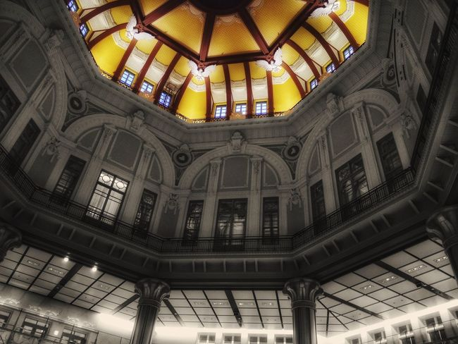 Tokyo Story 0 : Tokyo Station Celling Illumination Softness Architecture 1914 Brick Building Old Buildings Partcolor Colorsplash GX1 KitLens. Aperture-Priority AE Handheld 28mm F2filter Yesterday 6:11a.m Take Photos A Day Of Tokyo Japan Scenery Showcase: November Walking Around Marunouchi Side Tokyo,Japan EyeEm No.1810 de Good Night