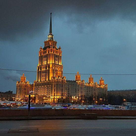 Москва столица Ночь город центр