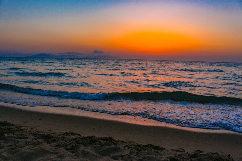 Sunset Beach Landscape Beauty In Nature Outdoors Sky Wave Sand Sea Dramatic Sky Sun Red Tranquility Water Nature Sunlight ☀ Canon 700D Skyscraper 18-55 Mm IS STM Kuşadası