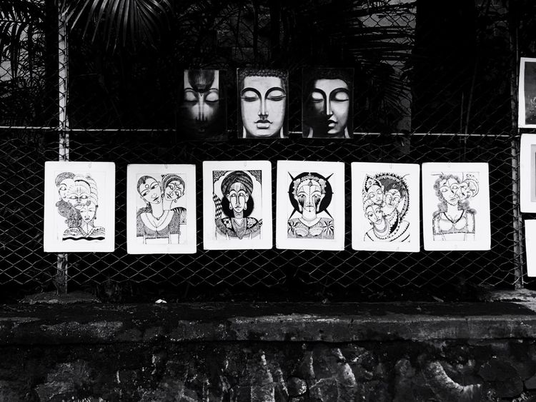 Bombay Colaba Street Artist Black & White Hanging Pictures Sketches near the Museum