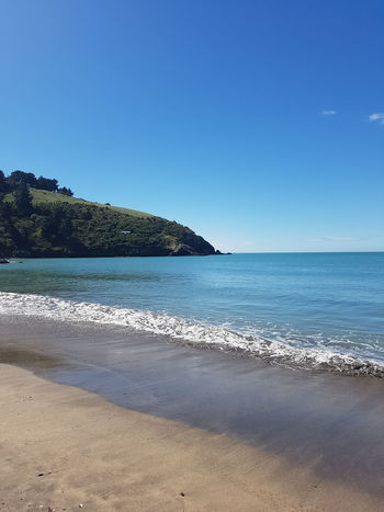 Blue Sky Beach New Zealand Rolling Waves Blue Sea Perfection