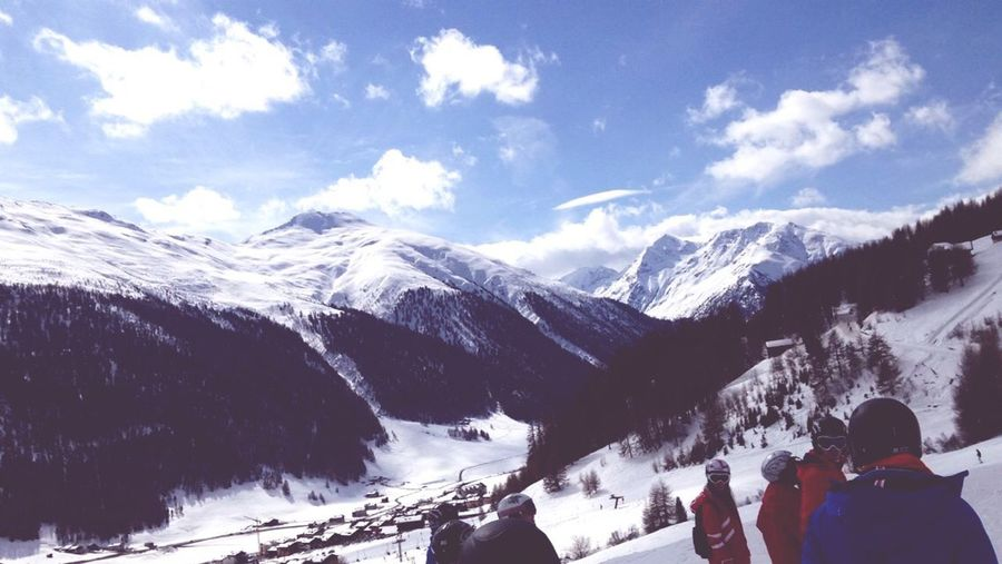 Hanging Out Mountains Travel Travelling Enjoying Life Skiing Italy Sport Fun Snow Views Check This Out Lovetotravel Holiday IPhone Taking Photos Cold Winter Tranquillity White White Carpet Enjoy Escaping Sights Lovelife