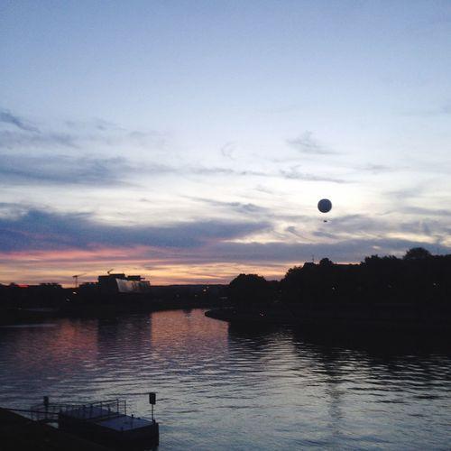 Vistula Sunset Clouds OpenEdit Balloons River EyeEm Gallery EyeEm Light IPhoneography
