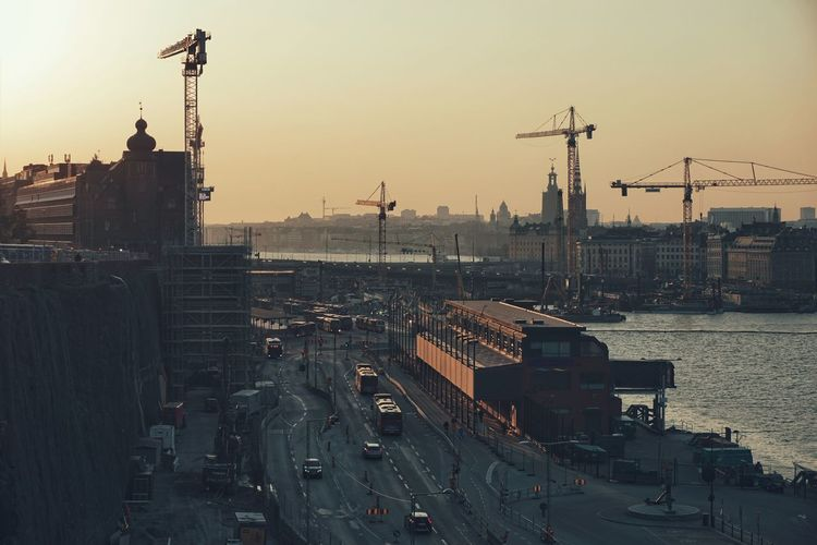 2019 Niklas Storm April Cityscape City Urban Skyline Sunset Water Industry Business Finance And Industry Skyscraper Construction Incomplete Crane Construction Site My Best Photo