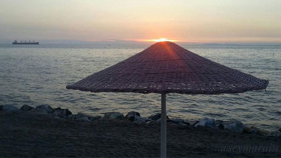 Yazlık Beach Sunset Sand Summer Sky Nature Sun Beauty In Nature No People Goodbye Sun Yalova Denizkumgüneş Yalova_turkey Turkey Yazgeldi
