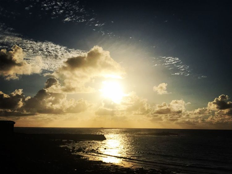Coastal_collection Seaside Sky Sunlight Sunset Beauty In Nature Visit Cornwall Coastal Scenery Horizon Over Water Magical Sea Scenics Sun Nature Sunbeam Water Tranquil Scene Tranquility Silhouette Idyllic Reflection No People Cloud - Sky Outdoors Day