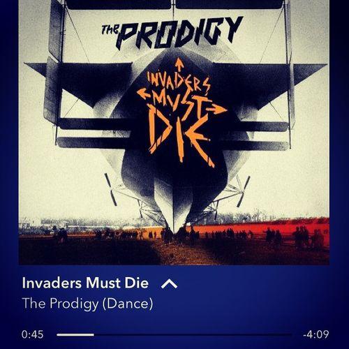 Nothing takes me back to my awkward teen years quite like Theprodigy 🔈😁 Drumandbassforlife Bassinyourface