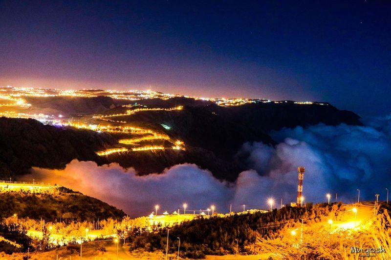 الباحة فوق السحاب Night Sky Illuminated No People Nature Glowing Motion