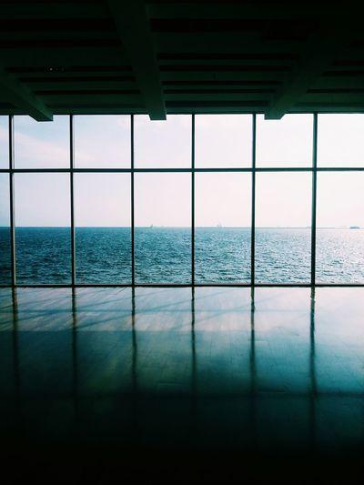 """Ocean BEHIND doors"".... EyeEm Eye4photography  Eyeemmarket EyeEm Best Shots Ocean View Ocean Photography Photography At The Finest! Mobile Photography Eyeem Collection Portrait Photography Gettyimages Getty Images Manila @ Ocean Park , Philippines"