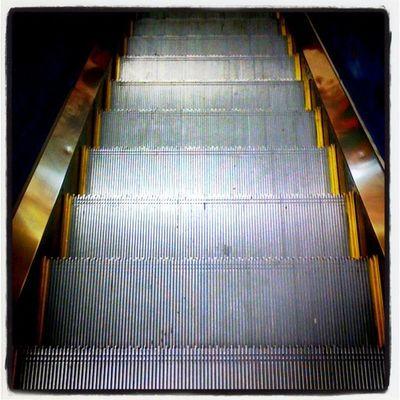 Escaleras/Stairsway