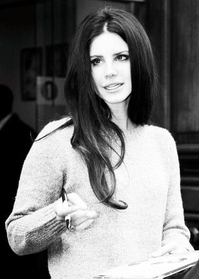 Lana. Lana.